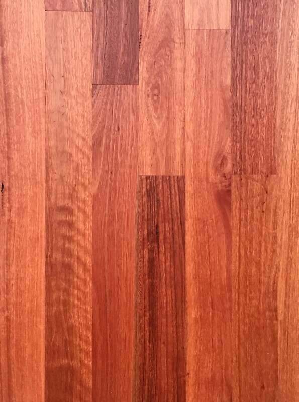 "Sydney Blue Gum flooring has elegant ""pink champagne"" colors and even, fine grain. ©."